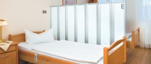 Porterhouse Ropimex folding wall screens